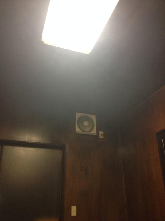 暗黒時代のタイガースのクリーンナップ並みに機能していない換気扇。