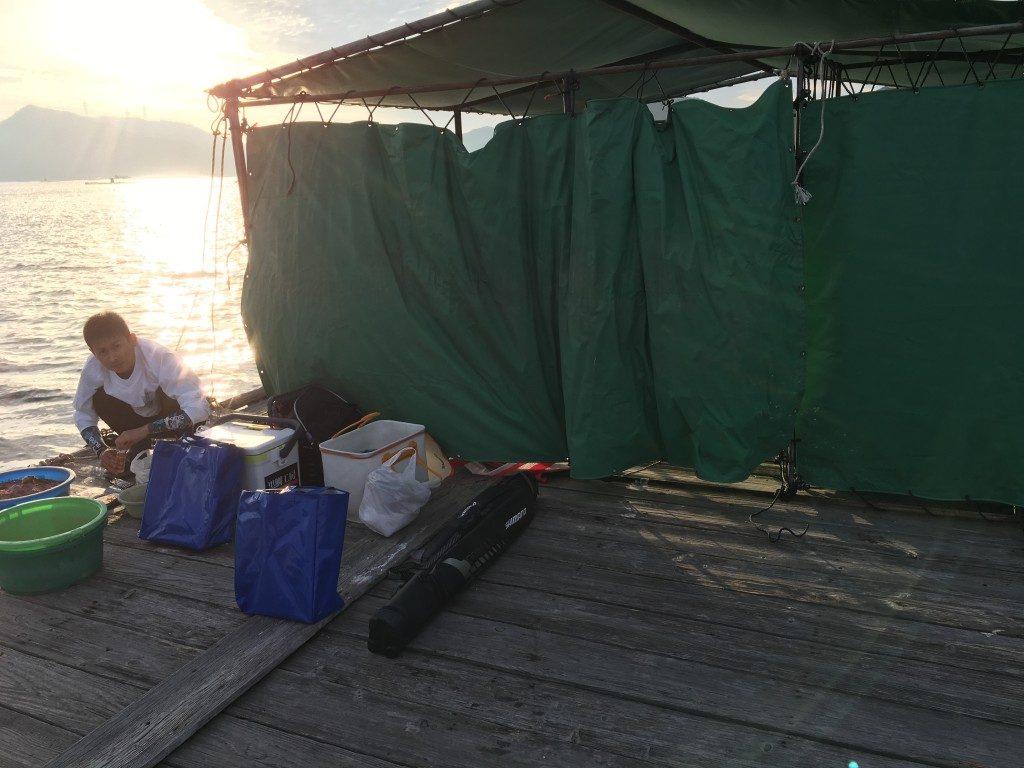 そして翌々週、堂浦・谷井渡船さんでもチヌボーズを喫する二人であった。